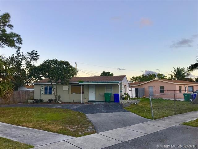 1318 SW 50th Ave, Fort Lauderdale, FL 33317 (MLS #A10415695) :: The Teri Arbogast Team at Keller Williams Partners SW