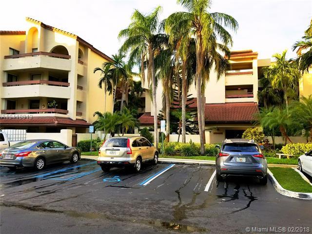 12455 SW 93 Rd Ter T-207, Miami, FL 33186 (MLS #A10418813) :: The Teri Arbogast Team at Keller Williams Partners SW
