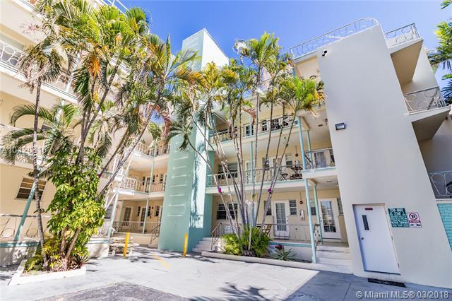 1751 Washington Ave 3E, Miami Beach, FL 33139 (MLS #A10420816) :: Live Work Play Miami Group