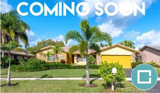 7609 Sunflower Drive, Margate, FL 33063 (MLS #A10421039) :: The Teri Arbogast Team at Keller Williams Partners SW