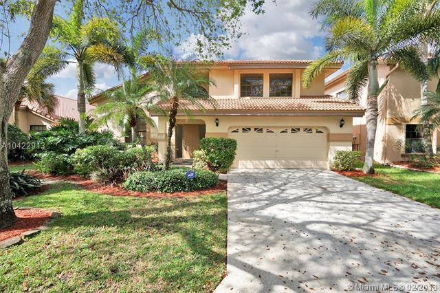 1531 NW 105th Ave, Plantation, FL 33322 (MLS #A10422913) :: The Teri Arbogast Team at Keller Williams Partners SW