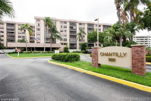 900 NE 195th St #612, Miami, FL 33179 (MLS #A10424591) :: Green Realty Properties
