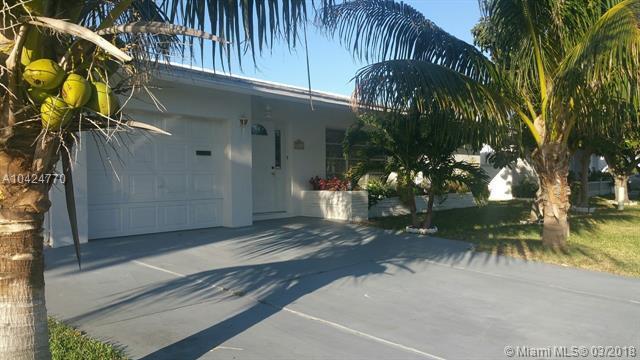 7113 NW 73rd St, Tamarac, FL 33321 (MLS #A10424770) :: Green Realty Properties