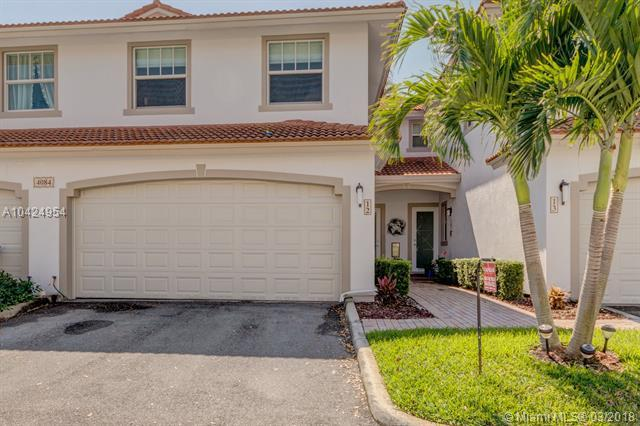 4084 W Palm Aire Dr #12, Pompano Beach, FL 33069 (MLS #A10424954) :: The Teri Arbogast Team at Keller Williams Partners SW