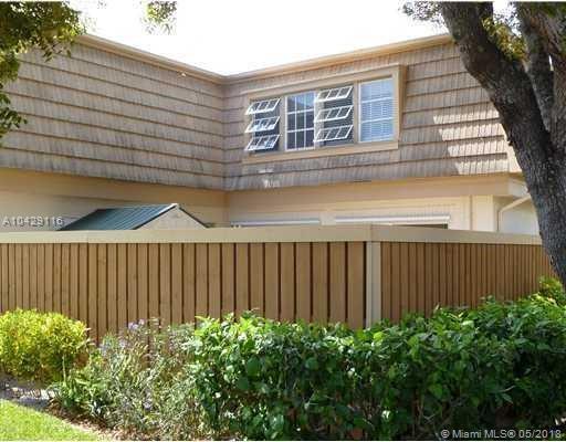 11697 Ficus St C, Palm Beach Gardens, FL 33410 (MLS #A10429116) :: Stanley Rosen Group