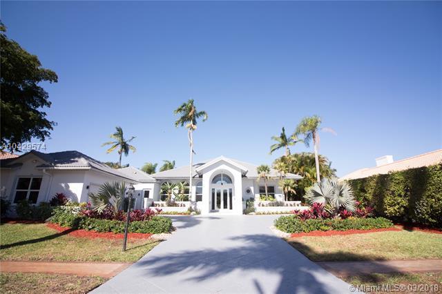 17200 Northway Cir, Boca Raton, FL 33496 (MLS #A10429574) :: Green Realty Properties