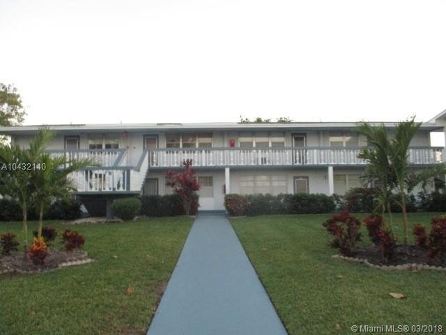 30 Upminster B #30, Deerfield Beach, FL 33442 (MLS #A10432140) :: Stanley Rosen Group