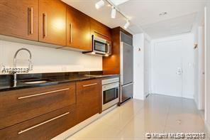 475 Brickell Ave #1810, Miami, FL 33131 (MLS #A10432149) :: The Erice Group