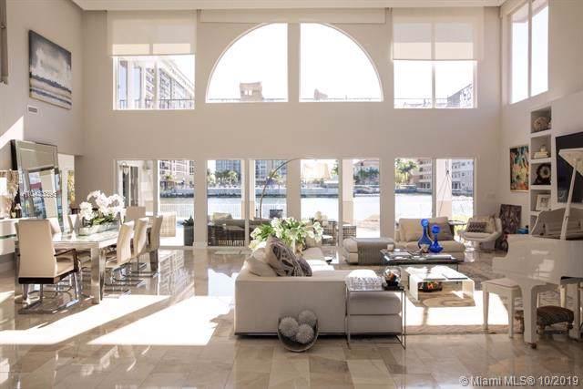 601 Palm Dr, Hallandale, FL 33009 (MLS #A10433396) :: Grove Properties