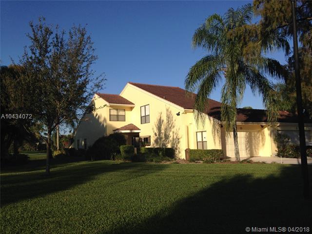 23 Edinburgh Drive, Palm Beach Gardens, FL 33418 (MLS #A10434072) :: Prestige Realty Group