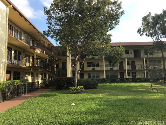 13500 SW 1st St 106U, Pembroke Pines, FL 33027 (MLS #A10437019) :: Melissa Miller Group