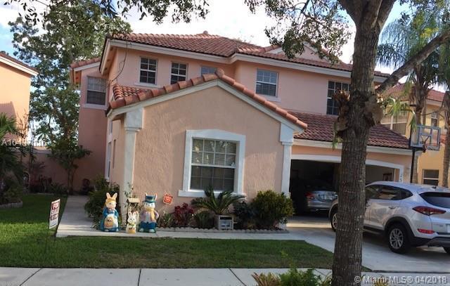 15170 SW 49th St, Miramar, FL 33027 (MLS #A10437116) :: Green Realty Properties