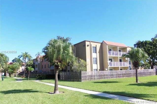 5102 NW 79th Ave #205, Doral, FL 33166 (MLS #A10438858) :: The Teri Arbogast Team at Keller Williams Partners SW
