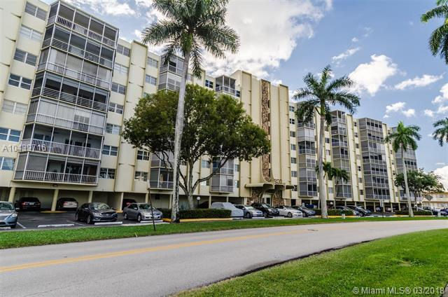200 Diplomat Pkwy #219, Hallandale, FL 33009 (MLS #A10439716) :: RE/MAX Presidential Real Estate Group