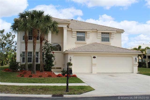 2151 Bellcrest Cir, Royal Palm Beach, FL 33411 (MLS #A10441742) :: Green Realty Properties