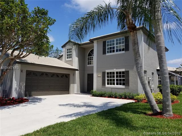 10675 Pebble Cove Ln, Boca Raton, FL 33498 (MLS #A10447440) :: Stanley Rosen Group
