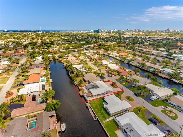 1441 NE 54th St, Fort Lauderdale, FL 33334 (MLS #A10448158) :: Stanley Rosen Group