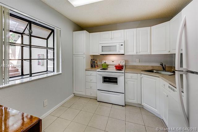 2442 NW 49th Terrace #2442, Coconut Creek, FL 33063 (MLS #A10448340) :: Jamie Seneca & Associates Real Estate Team