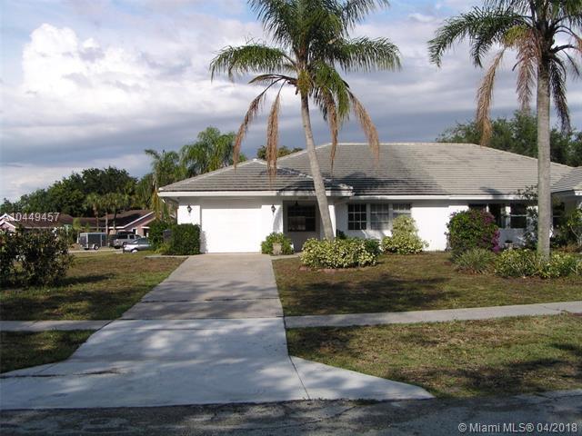 12530 Tylerwood Ct #0, Wellington, FL 33414 (MLS #A10449457) :: Stanley Rosen Group