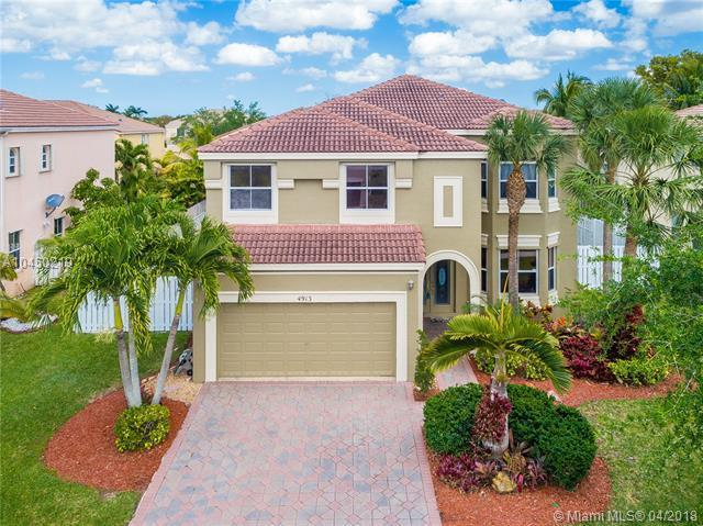 4913 SW 168th Ave, Miramar, FL 33027 (MLS #A10450219) :: The Teri Arbogast Team at Keller Williams Partners SW