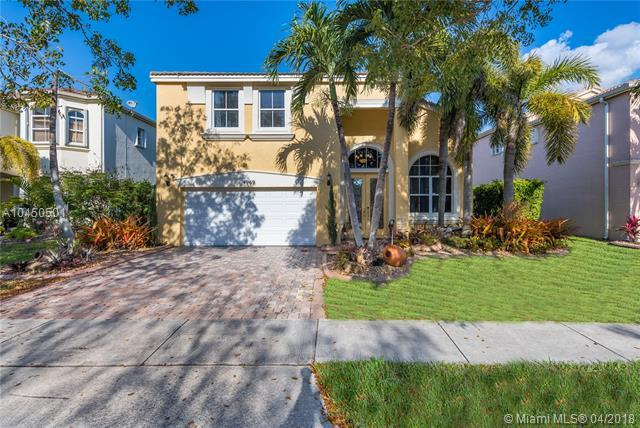 4969 SW 165th Ave, Miramar, FL 33027 (MLS #A10450501) :: The Teri Arbogast Team at Keller Williams Partners SW
