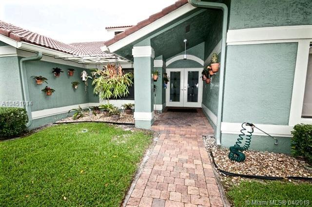 8310 NW 51st Mnr, Coral Springs, FL 33067 (MLS #A10451014) :: The Teri Arbogast Team at Keller Williams Partners SW