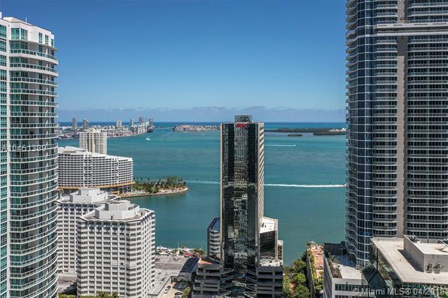 1010 Brickell #3703, Miami, FL 33131 (MLS #A10451389) :: Calibre International Realty