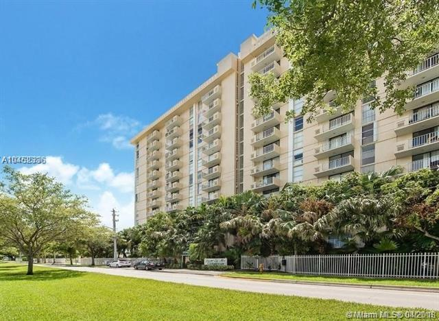2350 NE 135th St #1202, North Miami, FL 33181 (MLS #A10452336) :: Hergenrother Realty Group Miami