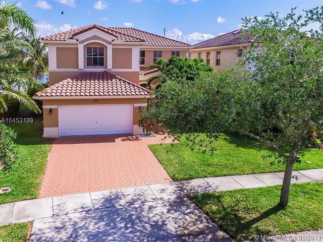 16733 SW 36th St, Miramar, FL 33027 (MLS #A10453139) :: Prestige Realty Group