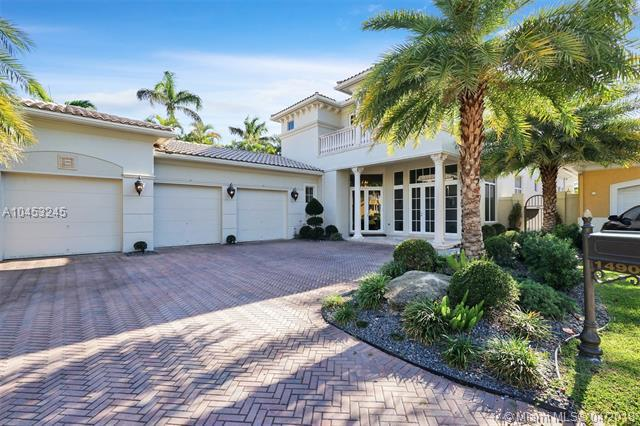 1490 Commodore Way, Hollywood, FL 33019 (MLS #A10453245) :: The Teri Arbogast Team at Keller Williams Partners SW