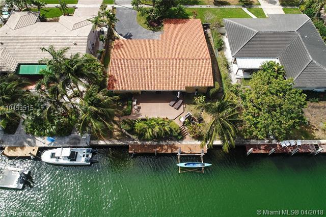 1421 NE 104th St, Miami Shores, FL 33138 (MLS #A10453515) :: Hergenrother Realty Group Miami
