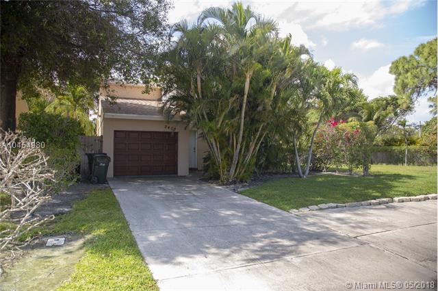 2409 Sundy Ave, Delray Beach, FL 33444 (MLS #A10454980) :: Green Realty Properties