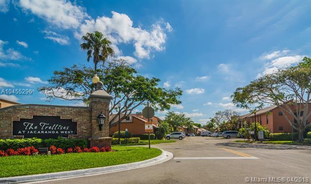 958 Mockingbird Ln #513, Plantation, FL 33324 (MLS #A10455296) :: Stanley Rosen Group