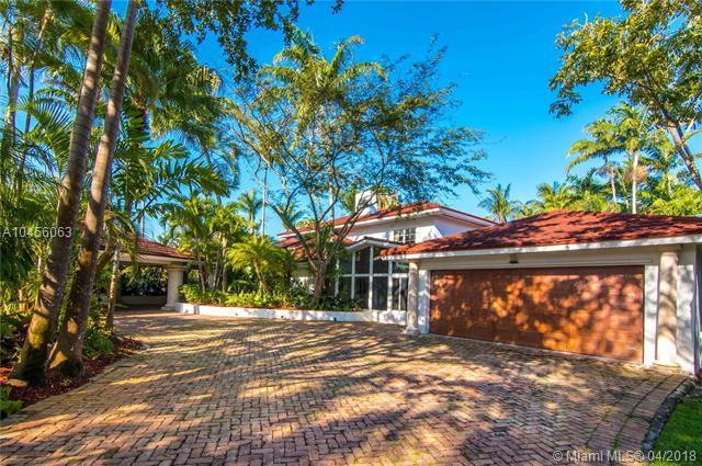 14150 SW 68th Ave, Palmetto Bay, FL 33158 (MLS #A10456063) :: Carole Smith Real Estate Team