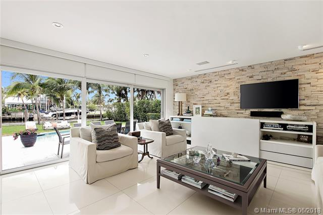 1055 Belle Meade Island Dr, Miami, FL 33138 (MLS #A10456413) :: Miami Lifestyle
