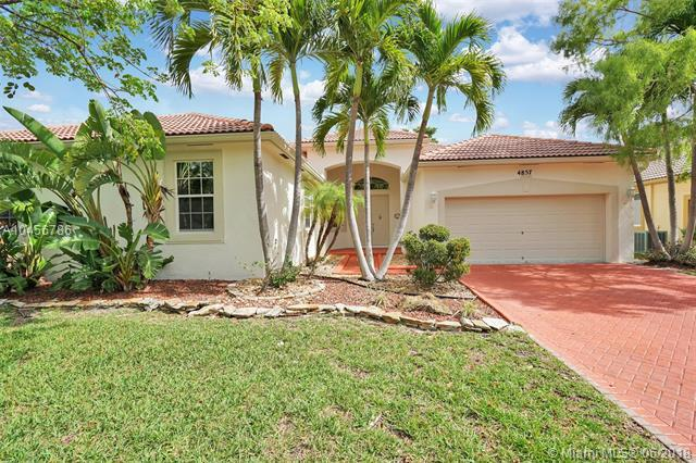 4857 NW 72nd Pl, Coconut Creek, FL 33073 (MLS #A10456786) :: Green Realty Properties