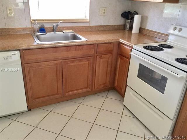 9881 Sunrise Lakes Blvd #208, Sunrise, FL 33322 (MLS #A10458564) :: Green Realty Properties