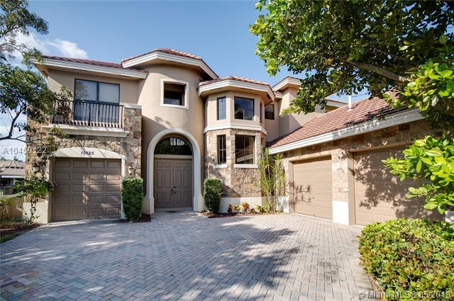 10525 Vignon Ct, Wellington, FL 33449 (MLS #A10459122) :: Hergenrother Realty Group Miami