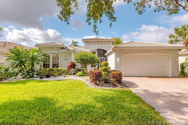 7101 N Francisco Bend Dr, Delray Beach, FL 33446 (MLS #A10460206) :: Green Realty Properties
