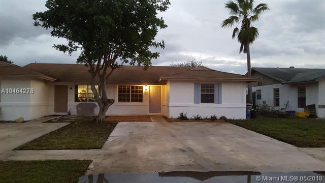 4728 Arthur St, Palm Beach Gardens, FL 33418 (MLS #A10464278) :: Prestige Realty Group
