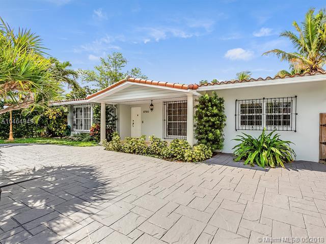 8790 SW 48th St, Miami, FL 33165 (MLS #A10464949) :: Green Realty Properties