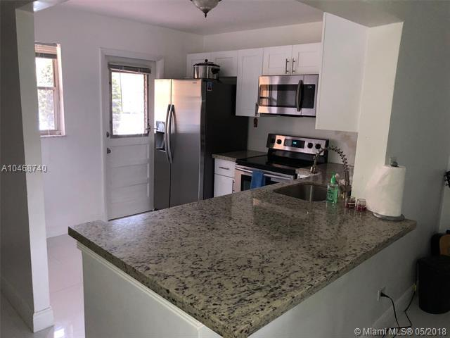 445 NE 195th St #128, Miami, FL 33179 (MLS #A10468740) :: Green Realty Properties