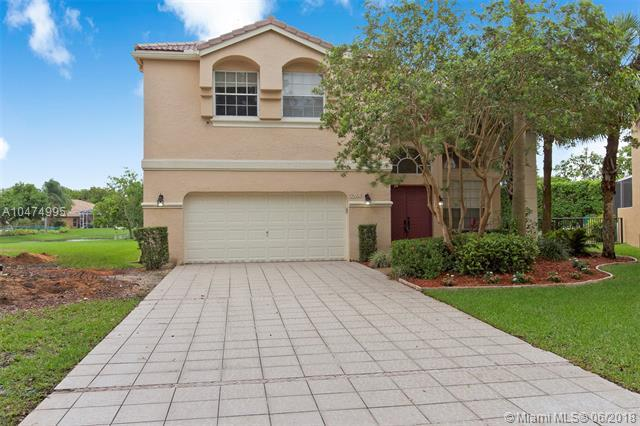 5284 NW 106th Dr, Coral Springs, FL 33076 (MLS #A10474995) :: Green Realty Properties
