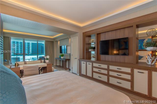 551 N Fort Lauderdale Beach Blvd H806, Fort Lauderdale, FL 33304 (MLS #A10476592) :: Calibre International Realty