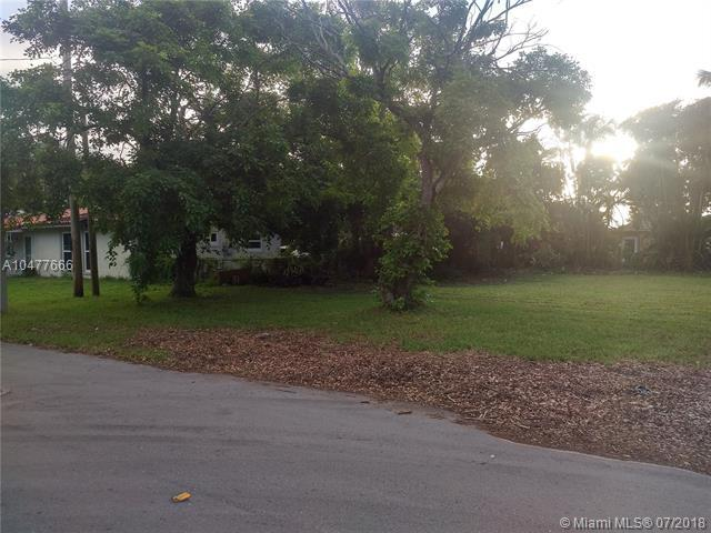 4671 SW 26th Ter, Dania Beach, FL 33312 (MLS #A10477666) :: The Riley Smith Group