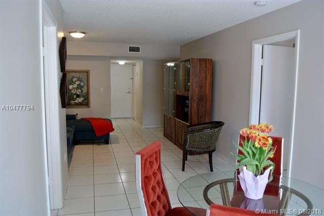 2600 Collins Av #306, Miami Beach, FL 33140 (MLS #A10477794) :: Green Realty Properties