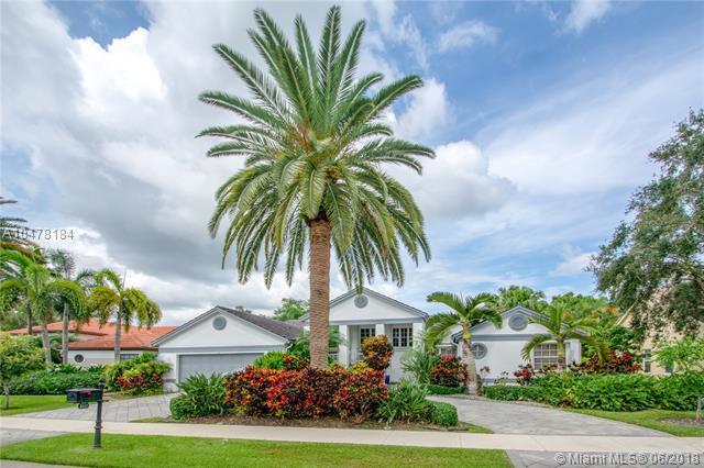 3111 Rosewood Ct, Davie, FL 33328 (MLS #A10478184) :: Green Realty Properties