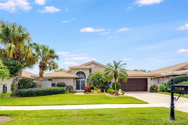 7158 E Falls Rd E, Boynton Beach, FL 33437 (MLS #A10479590) :: Prestige Realty Group