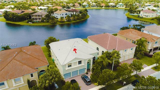 9623 Shepard Pl, Wellington, FL 33414 (MLS #A10479663) :: Green Realty Properties