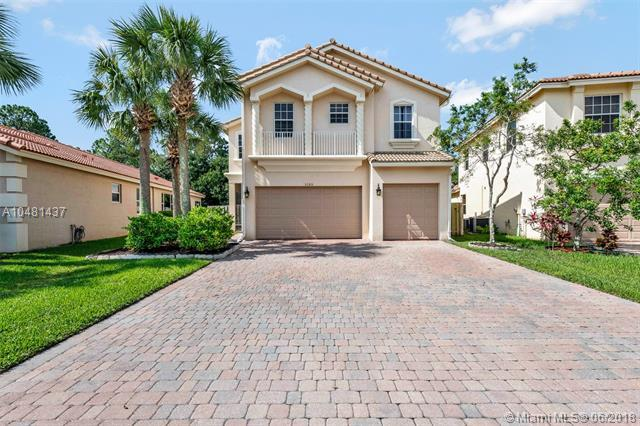 3105 SW Porpoise Cir, Stuart, FL 34997 (MLS #A10481437) :: The Teri Arbogast Team at Keller Williams Partners SW